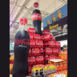 plv-gonflables-bouteilles-coca-cola-in-stores-1-airfactory